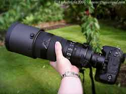 Nikon 300mm f2.8 VR in the hand